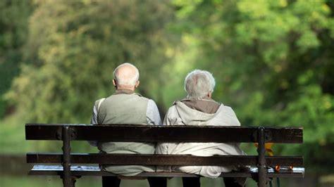 Beitragsbemessungsgrenze 2021 für Rentner | januar gelten ...