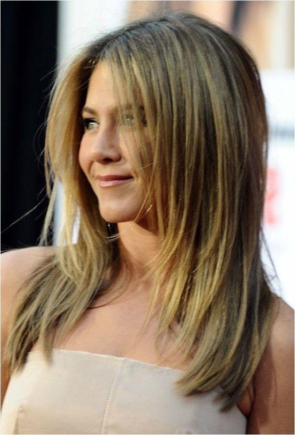 Frisurentrends 2021 Frisuren Damen Halblang 2021