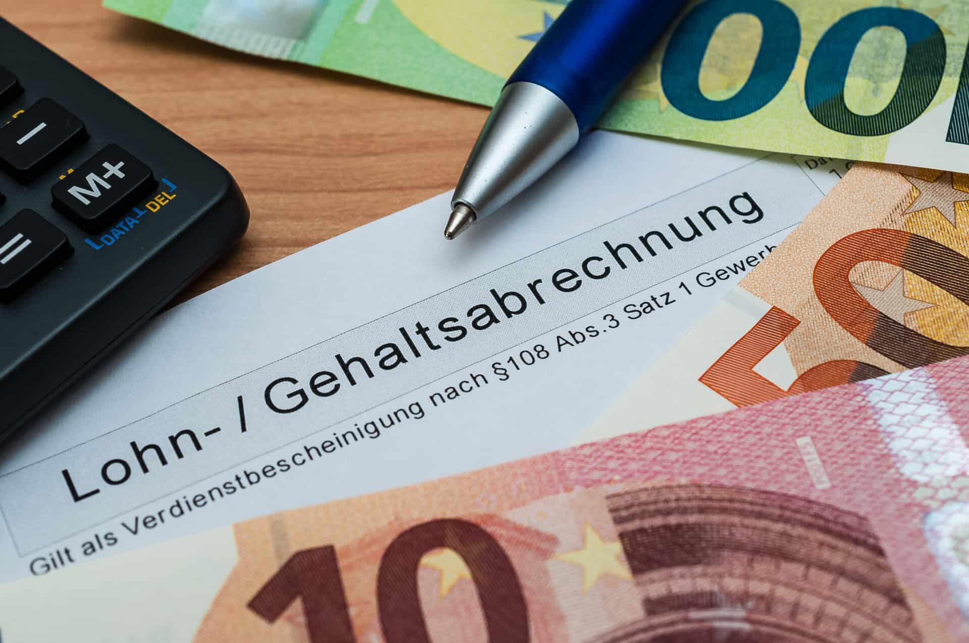 Als Selbstständiger die Lohnsteuer abführen - Gründer.de