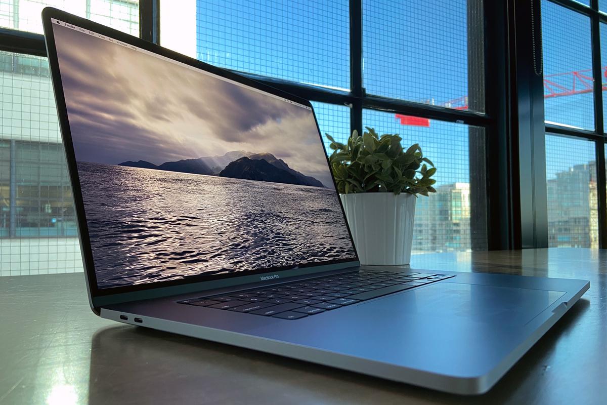 Apple MacBook Air 2020 Review | Simmyideas Tech Hub