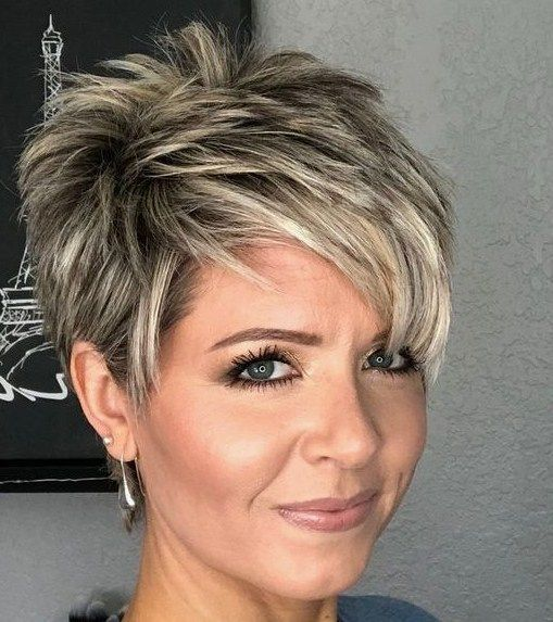 Trend Kurzhaarfrisuren Frauen Für Feines Haar ...