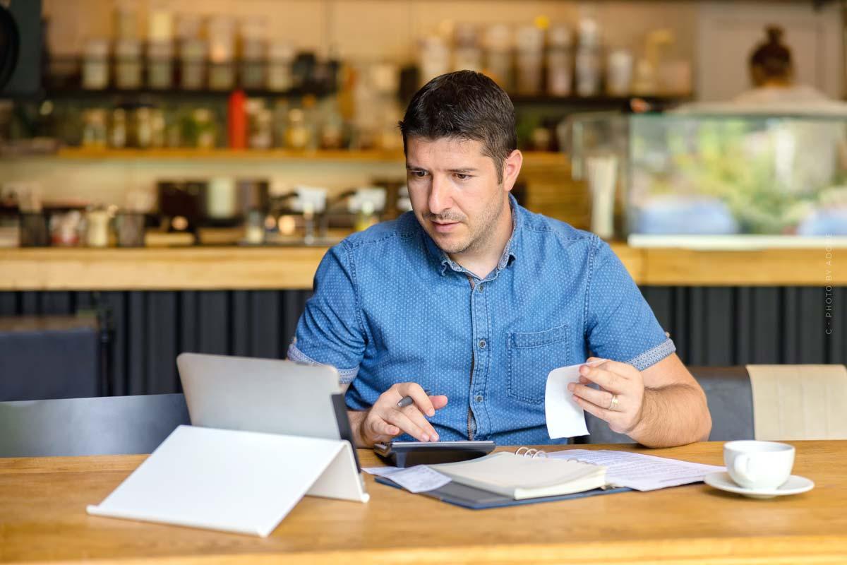 Steuererklärung Kleinunternehmer: Fristen, Formulare für ...