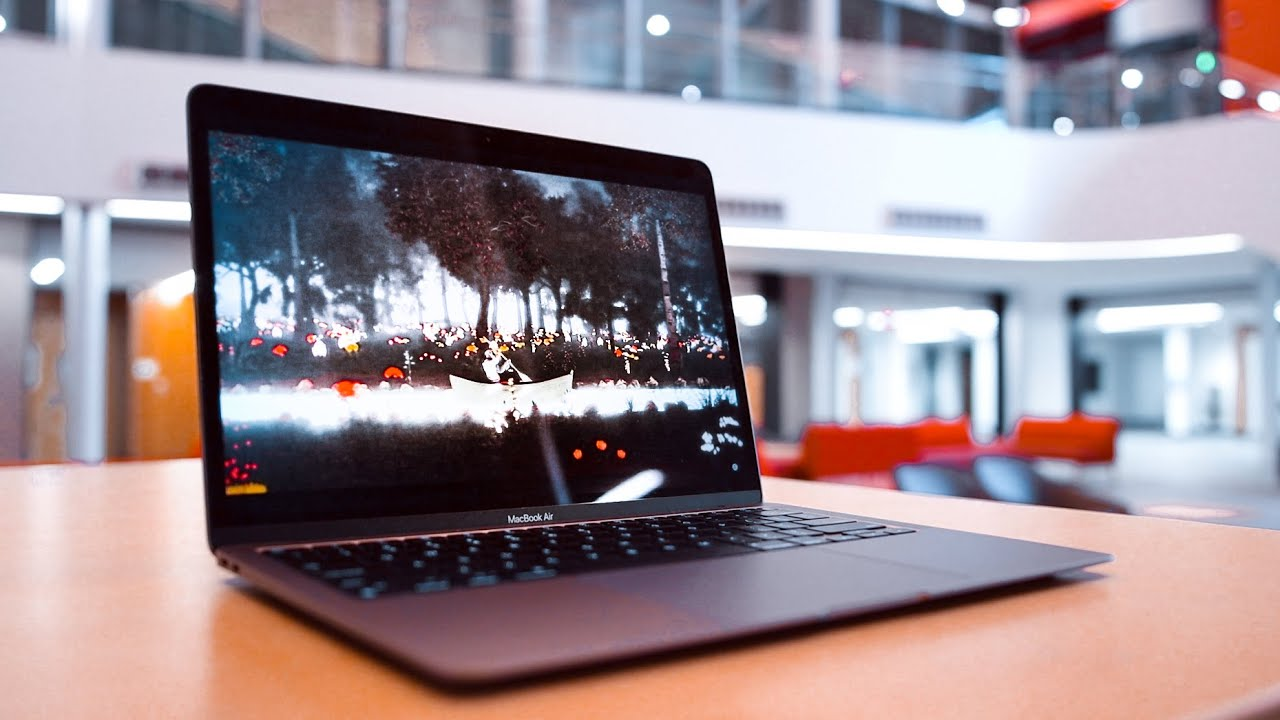 The M1 MacBook Air is GREAT for Students! [2021 Review ...