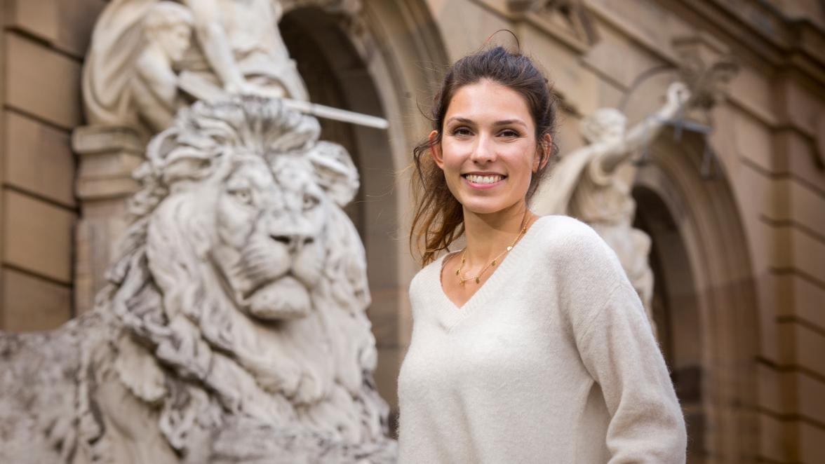 Miss Germany 2021 News : Fährt Naomi Niedermeier aus ...