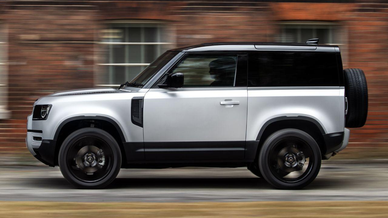 2021 Land Rover Defender gets new PHEV & mild hybrid ...