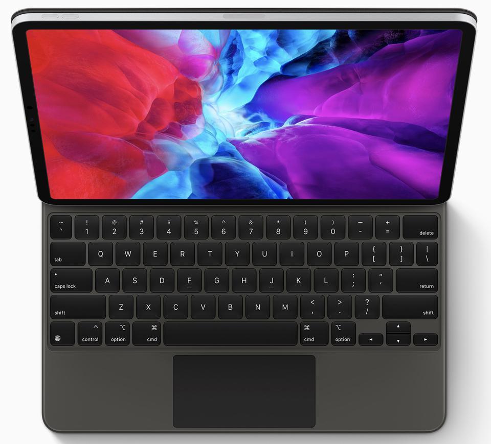 11-Inch iPad Pro With Magic Keyboard On The Road ...