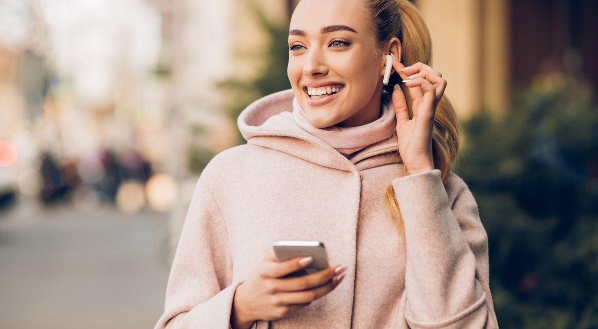 Siap-Siap akan rilis iPhone Airpods murah April 2021  OKEGUYS
