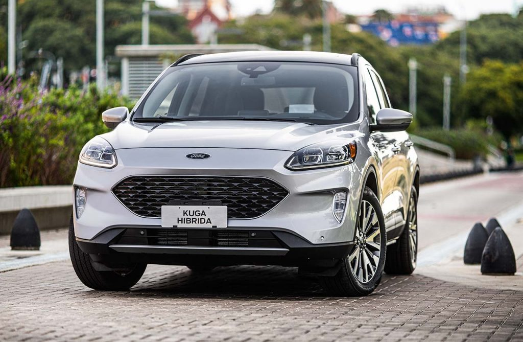 Ford-Kuga-Titanium-2021-frontal - Mega Autos