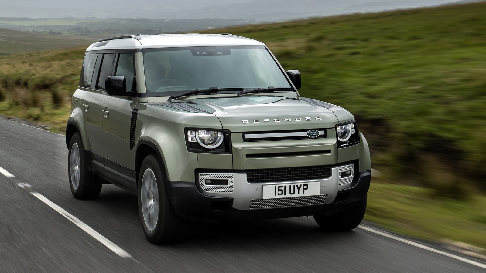 2021 Land Rover Defender Review | Price, specs, features ...