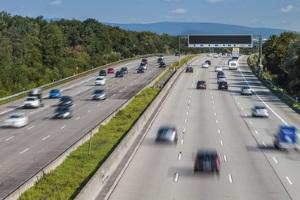 Auf der Autobahn geblitzt - aktueller Bußgeldkatalog 2021