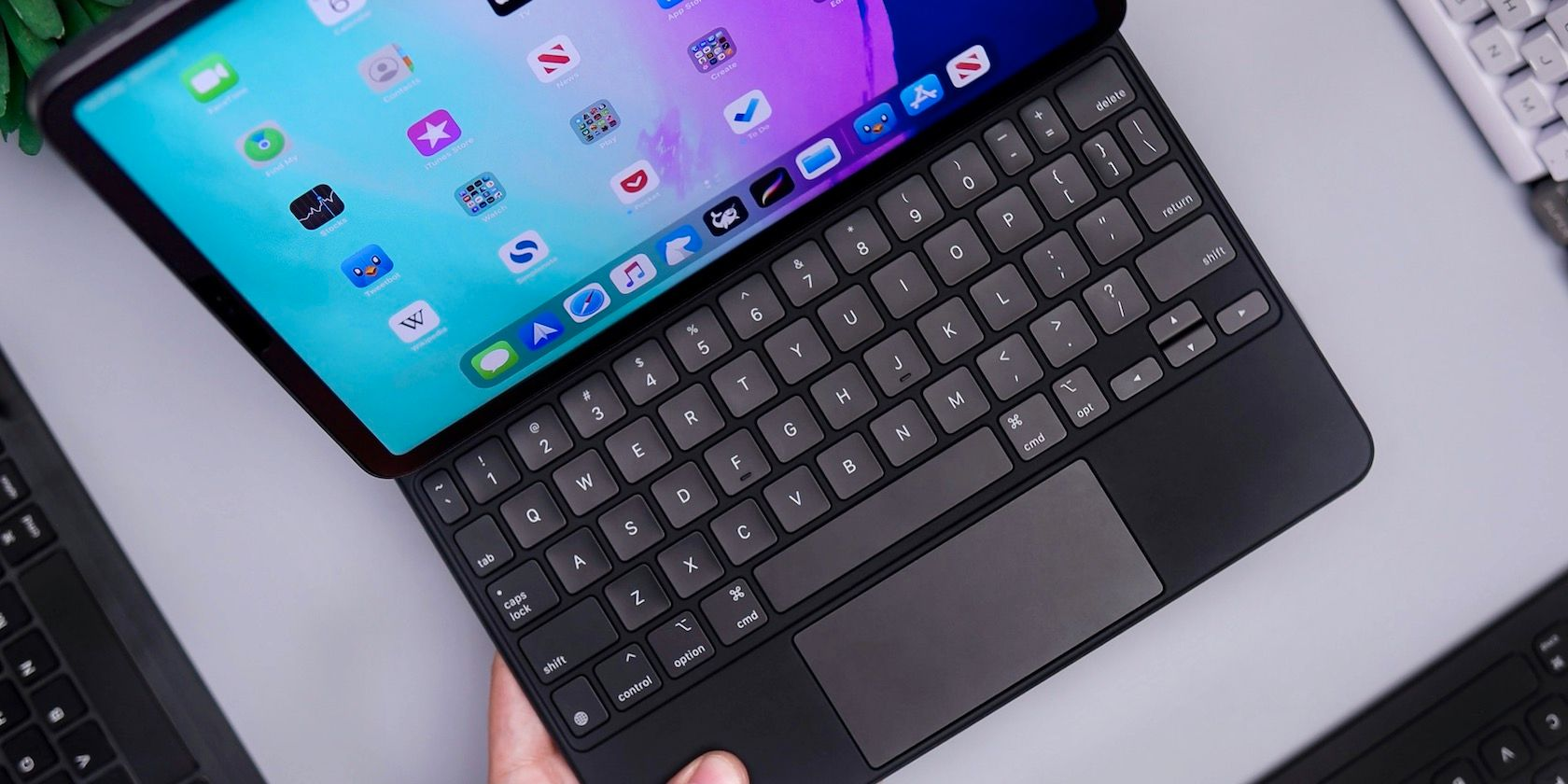 How to Connect and Use a Trackpad With Your iPad