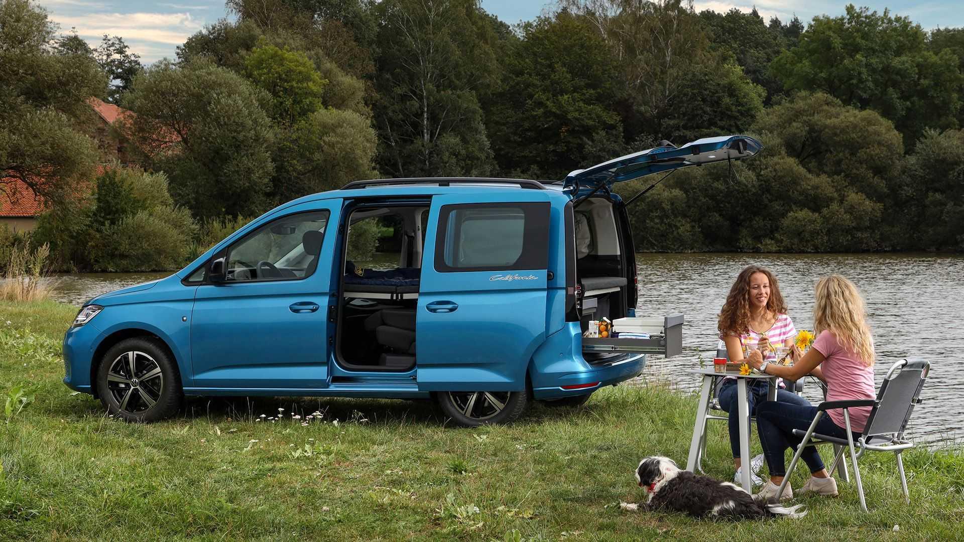 VW Caddy California (2021): Mini-Camper mit Miniküche