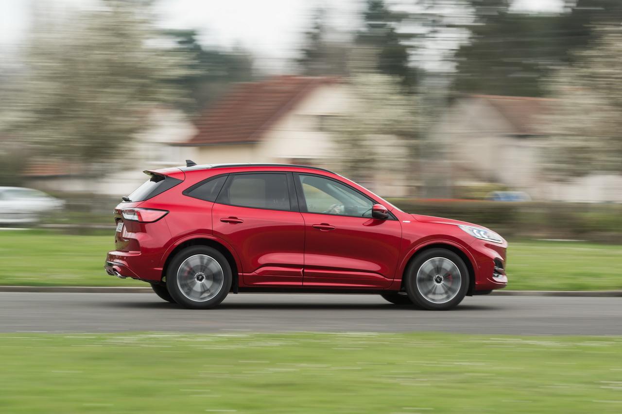 Ford Kuga (2021). Une version sept places en préparation.