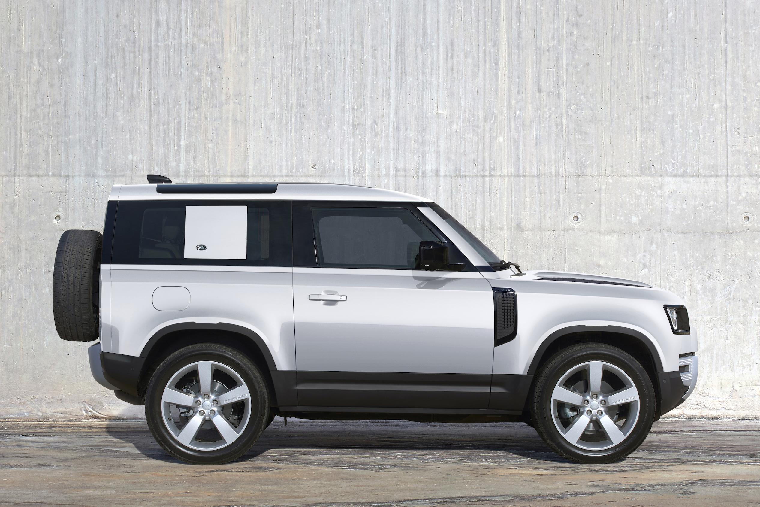 2021 Land Rover Defender 90 pricing and specs | CarExpert