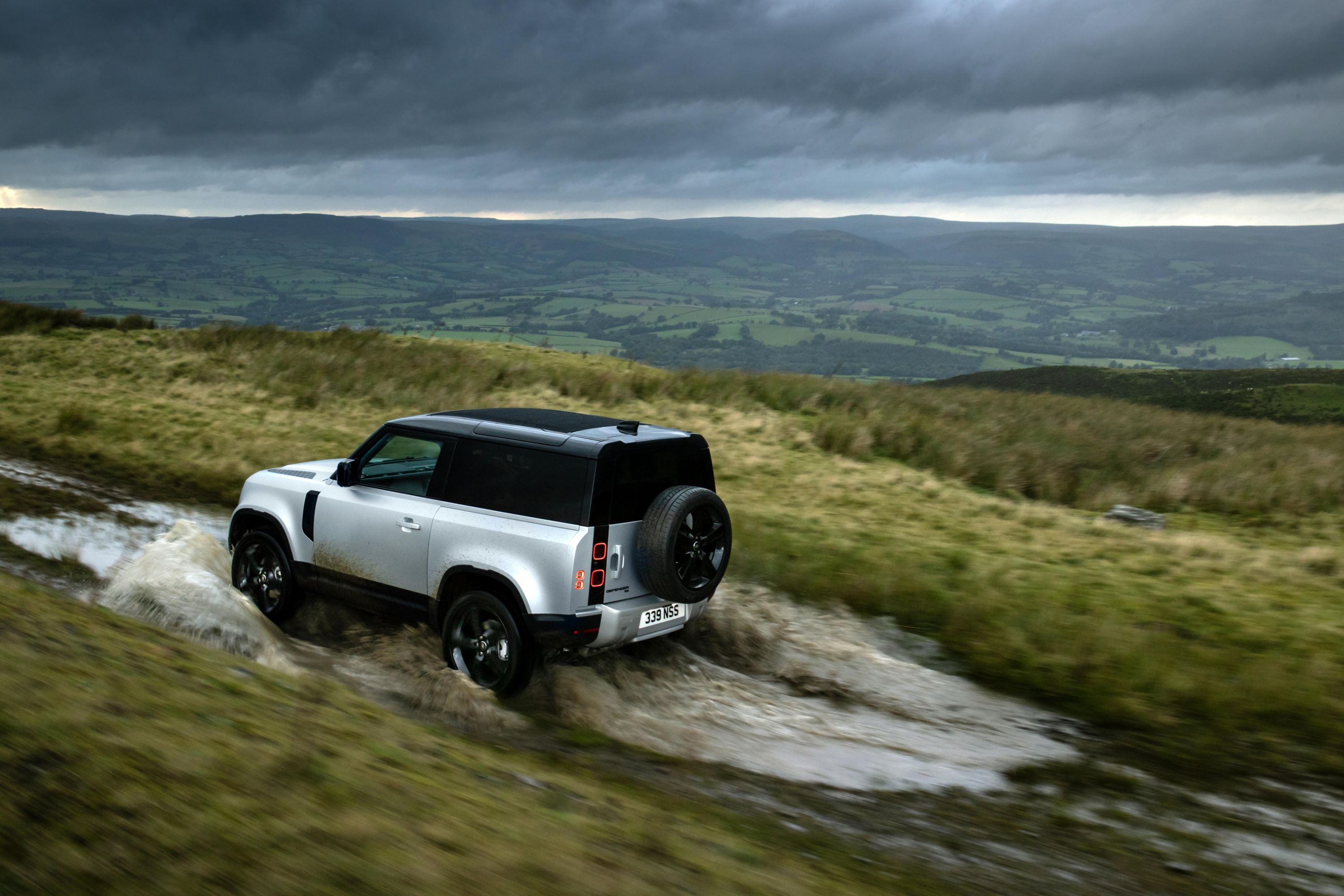 2021 Land Rover Defender 90 pricing and specs   CarExpert