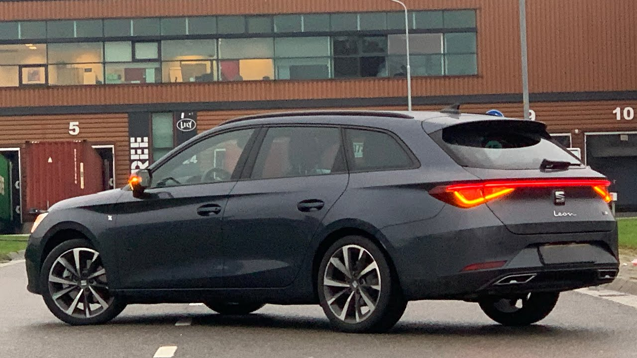 Seat NEW Leon ST FR 2021 in 4K Magnetic Grey Metal 18 inch ...