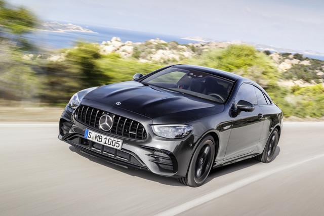 Nieuws: Mercedes-AMG E 53 Coupé en Cabrio ook vernieuwd ...