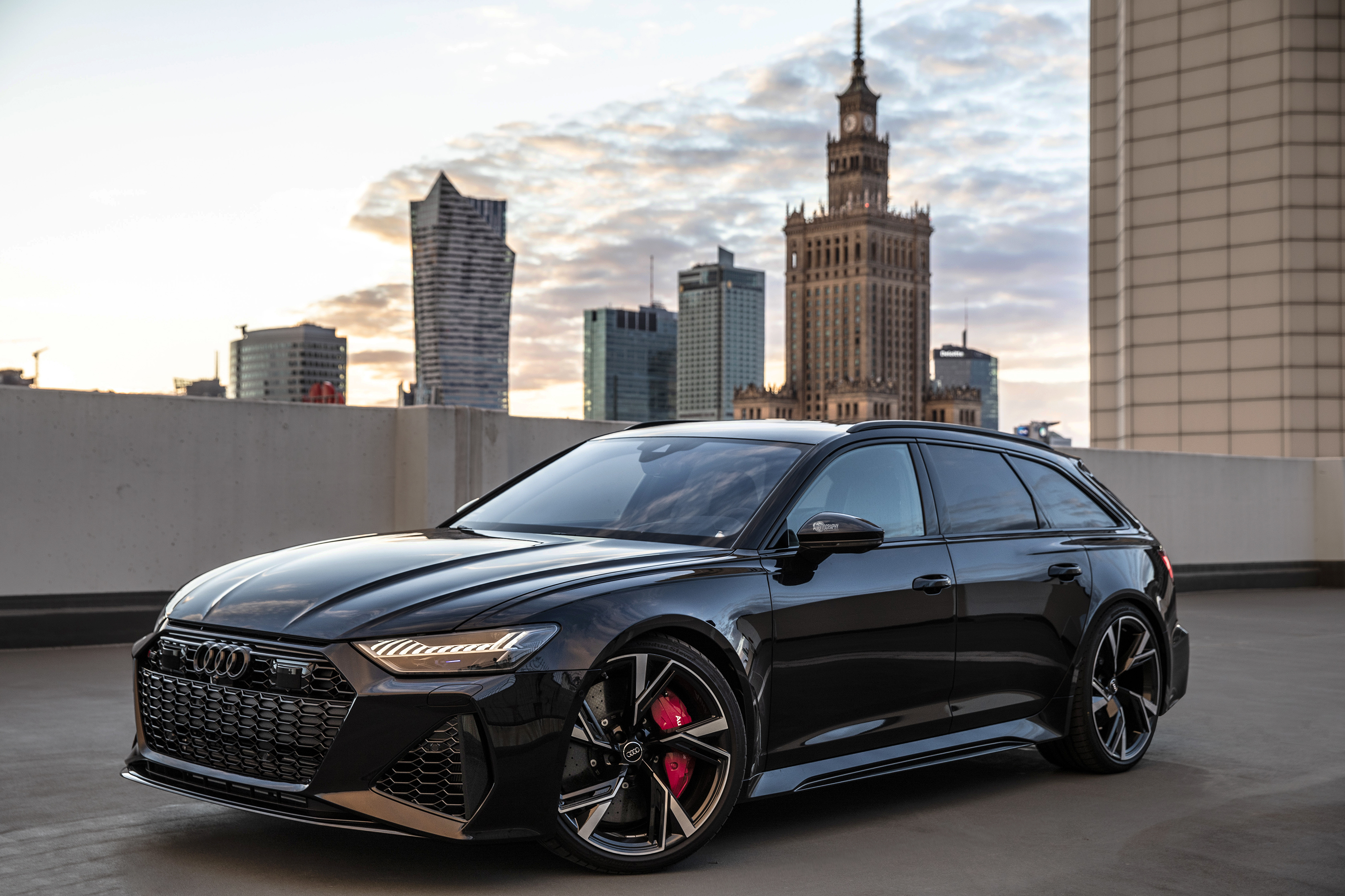 Gorgeous murdered out 2021 Audi RS6 Avant - video + HQ photos