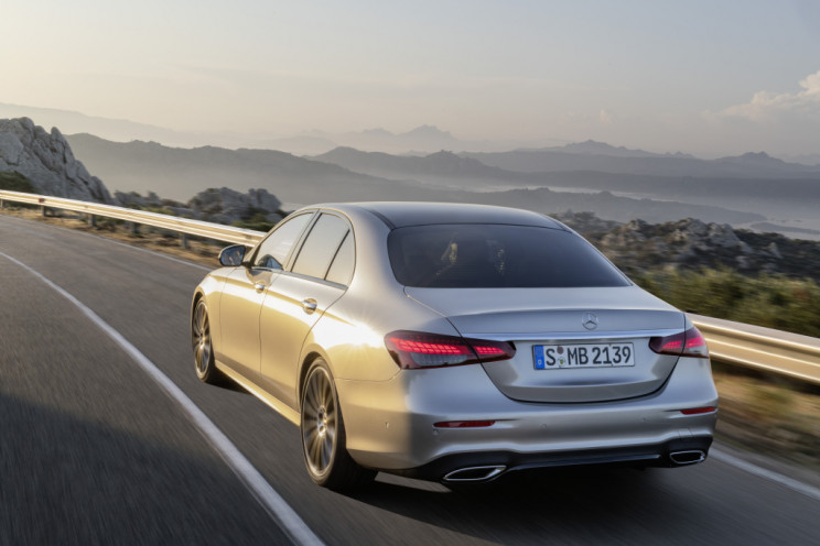 2021 Mercedes-Benz E-Class: Fresh New Look and Tech That ...
