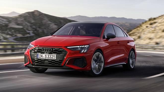 2021 Audi S3 Sportback ve S3 Sedan tanıtıldı; işte öne ...